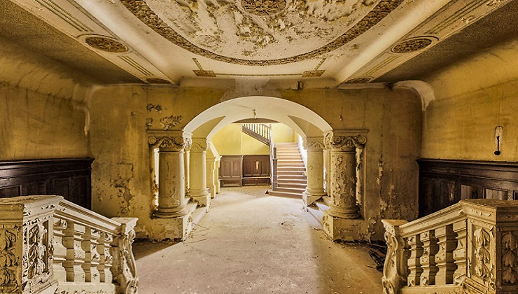 25 Photographs Of Beautiful Abandoned Places In Europe Simply Amazing Stuff